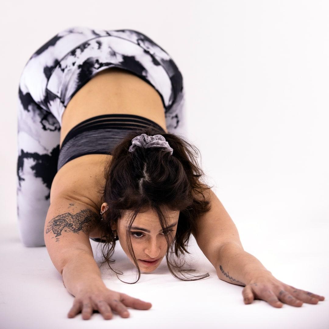 Online Hatha Yoga class Nat-2